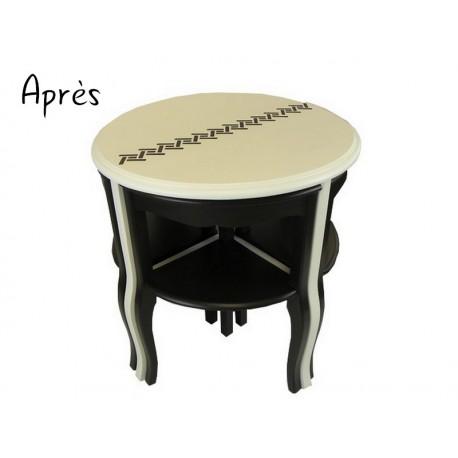 Tables Gigognes Repeintes En Noir Et Blanc Une Table Ronde Et Quatre Quarts De Table