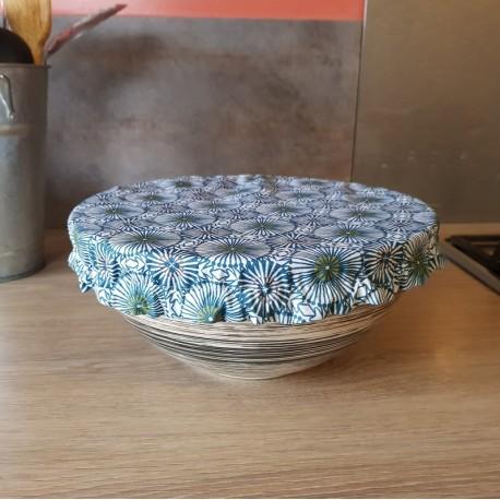Charlotte couvre-plat rosaces bleues